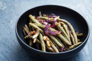 roasted_green_beans_with_onions_and_walnuts-180x120